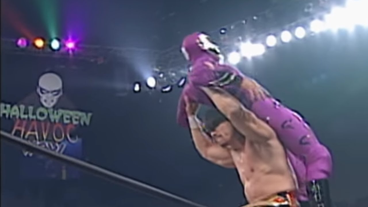 Photo of In 1997, Eddie Guerrero and Rey Mysterio Jr. Wrestled A Perfect Match