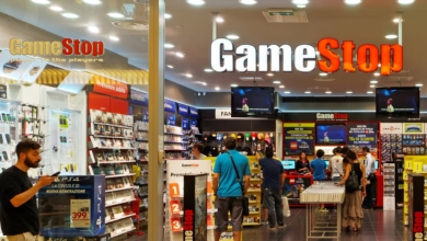 Photo of GameStop Asks Employees to Dance for Black Friday Work Hours [UPDATE]