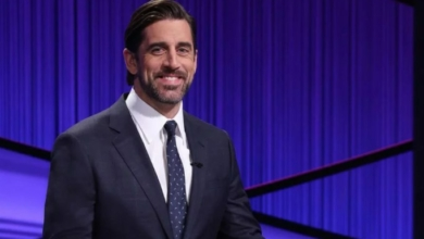 Photo of Aaron Rodgers Announcing He Hates the Packers on Draft Day: A Review